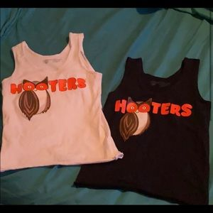 Hooters outfit